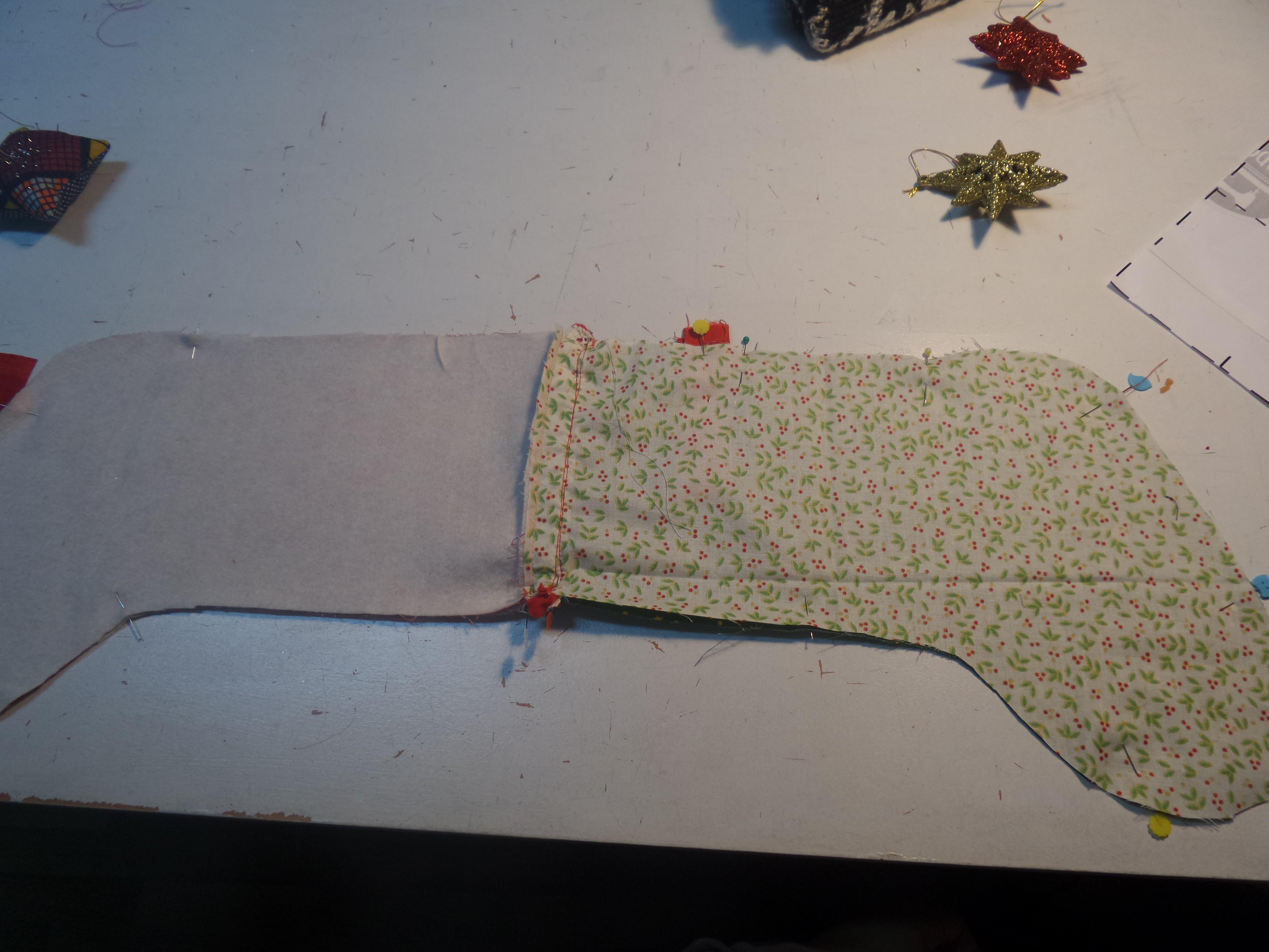 20161203_180718 Como fazer uma bota de Natal - passo a passo e molde gratuito