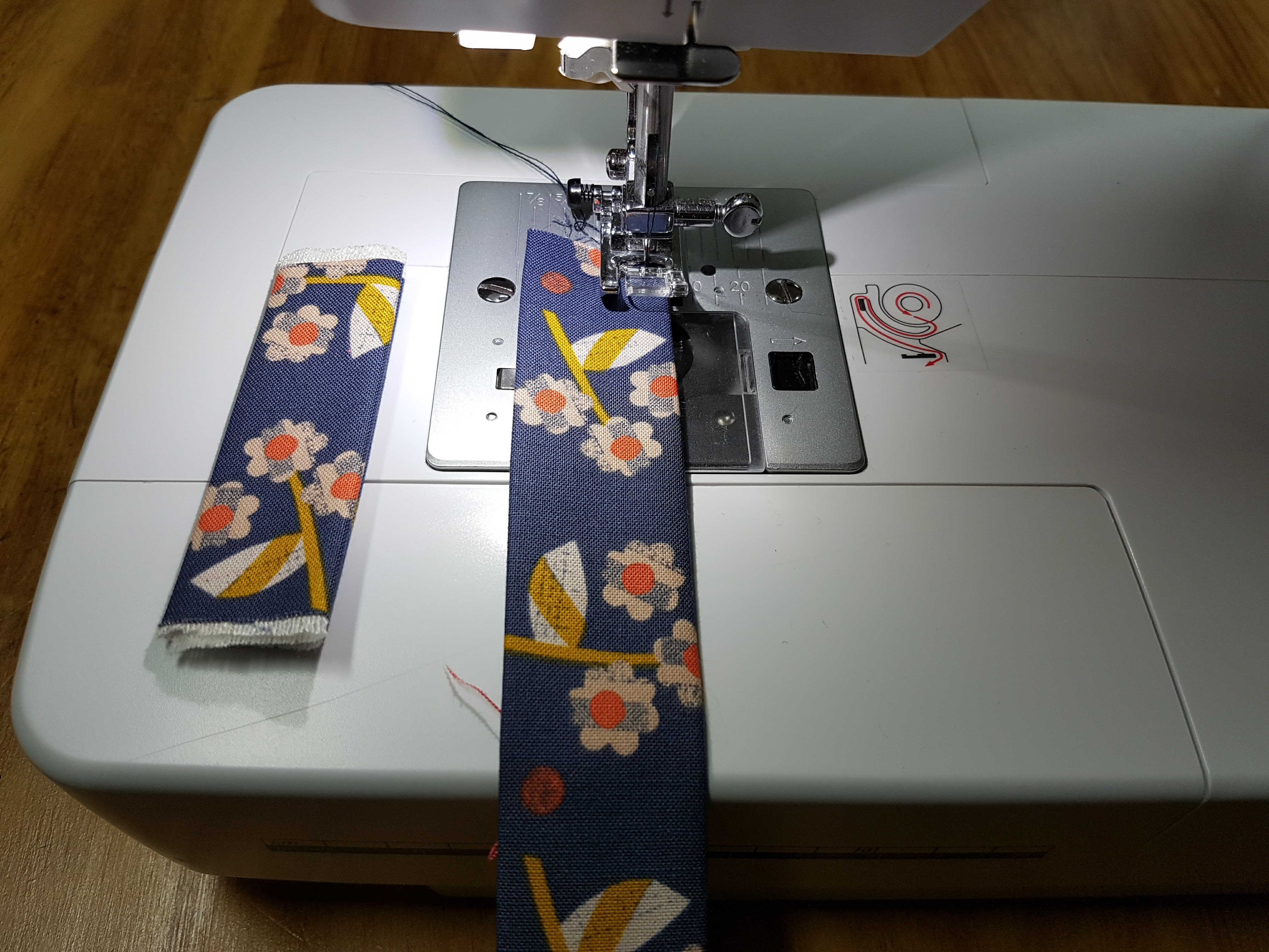 6-coser-pegas Tutorial para costurar uma bolsa com fecho